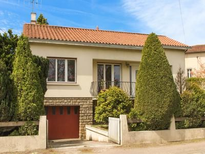 4 bed property for sale in Moutiers-Sous-Chantemerle, Deux-Sèvres, France