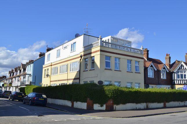 3 bed flat for sale in Felix Court, Sea Road, Felixstowe IP11
