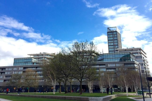 Thumbnail Flat for sale in Hanover House, One Tower Bridge, Duches Walk