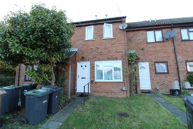 Thumbnail Terraced house to rent in Chiltern Gardens, Waller Avenue, Luton