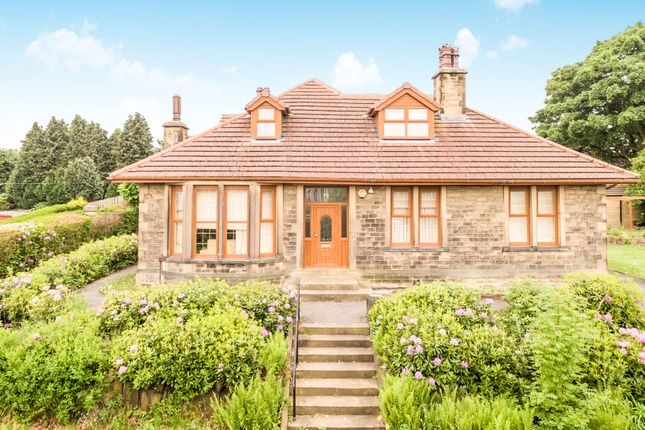 5 bed detached house for sale in Dryclough Road, Beaumont Park, Huddersfield HD4