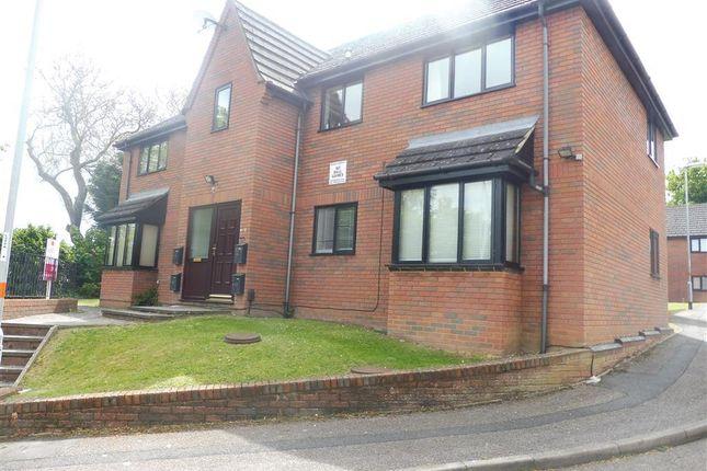 1 bed flat to rent in Whites Rise, Irthlingborough, Wellingborough NN9