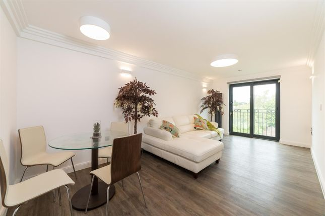 Thumbnail Flat for sale in Jeanfield Road, Perth