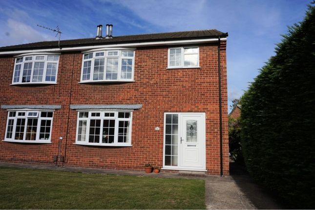 Thumbnail Flat for sale in Phyllis Avenue, Grimsby
