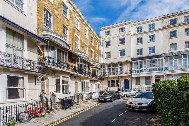1 bed flat for sale in Marine Square, Kemp Town, Brighton