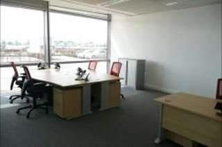 Serviced office to let in Newell Road, Heathrow