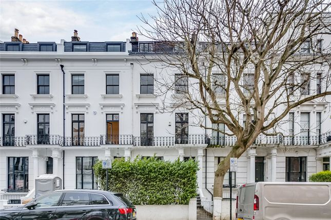 Thumbnail Terraced house for sale in Hereford Road, London
