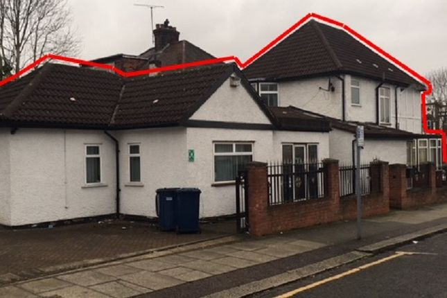 Thumbnail Leisure/hospitality for sale in Watford Way, Hendon, London