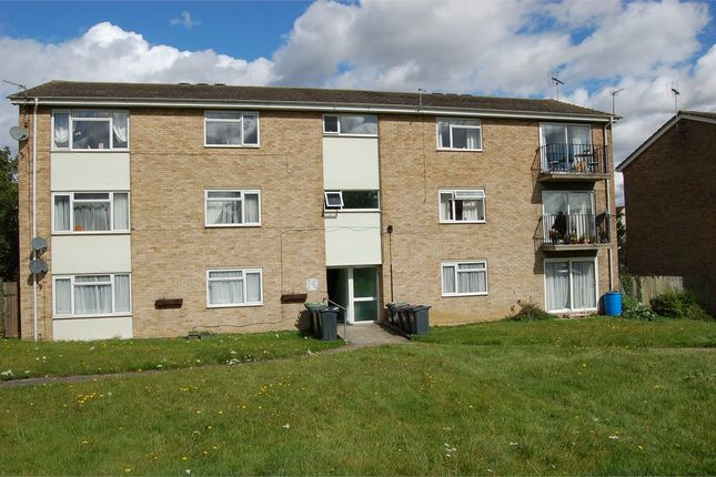 Thumbnail Flat for sale in Waldgrooms, Dunmow