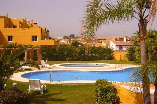 3 bed apartment for sale in 29670 San Pedro De Alcántara, Málaga, Spain