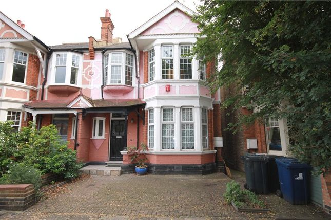 4 bed property to rent in Boileau Road, Ealing