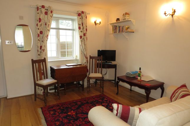 Thumbnail Cottage to rent in School Close, Colliton Street, Dorchester