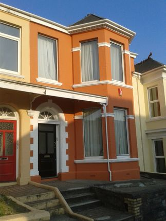 Thumbnail Flat to rent in Beechwood Avenue, Plymouth
