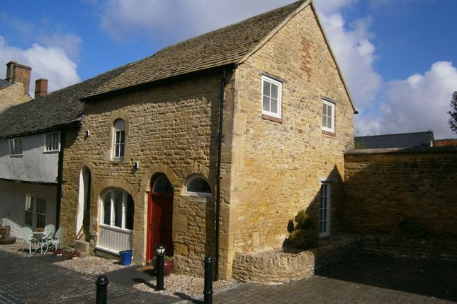 Thumbnail Semi-detached house to rent in High Street, Chipping Norton