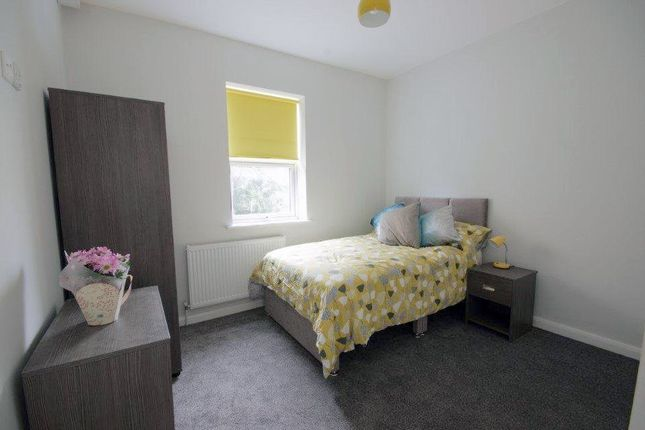 Thumbnail Terraced house to rent in Walton Houses, Grafton Street, Failsworth, Manchester