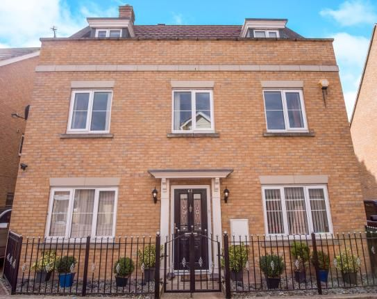 5 bed detached house for sale in Laindon, Basildon, Essex