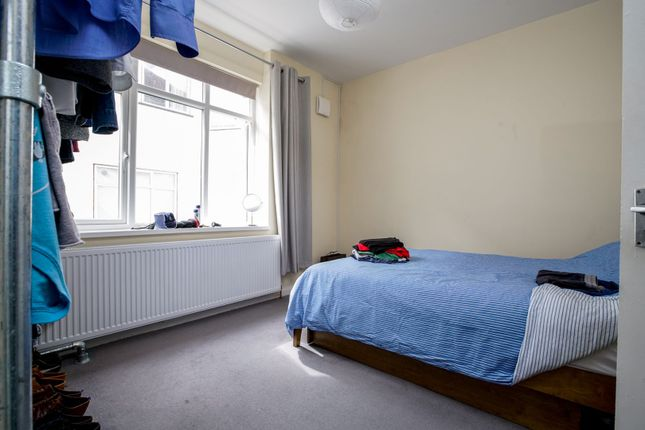 Bedroom of Teignmouth Road, London NW2