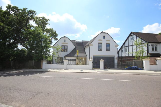 Thumbnail Detached house for sale in Bush Hill, Winchmore Hill