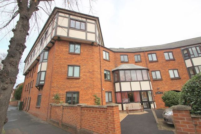 Property for sale in Bridgefoot Quay, Warwick Road, Stratford-Upon-Avon