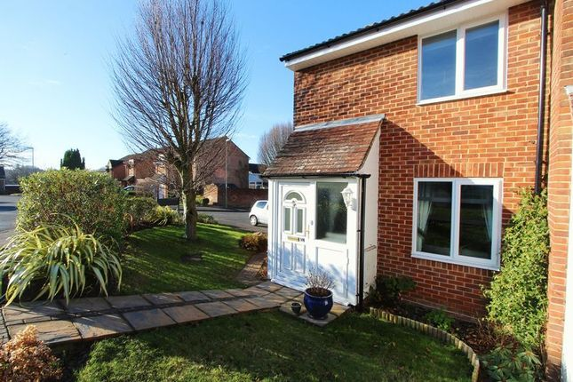 2 bed end terrace house for sale in Havendale, Hedge End, Southampton