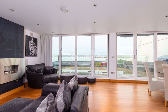 Thumbnail Flat for sale in Pier Road, Gillingham