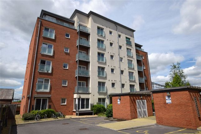 Thumbnail Flat for sale in Jeffrey Place, Caversham Road, Reading, Berkshire