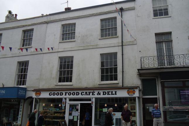 Thumbnail Flat to rent in Broad Street, Lyme Regis, Dorset