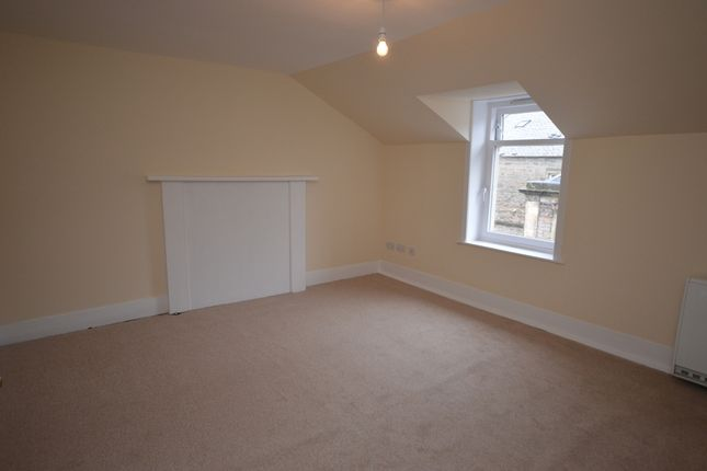 Thumbnail Flat to rent in Greig Street, Inverness