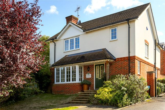 Picture No. 31 of Rythe Close, Claygate, Esher, Surrey KT10
