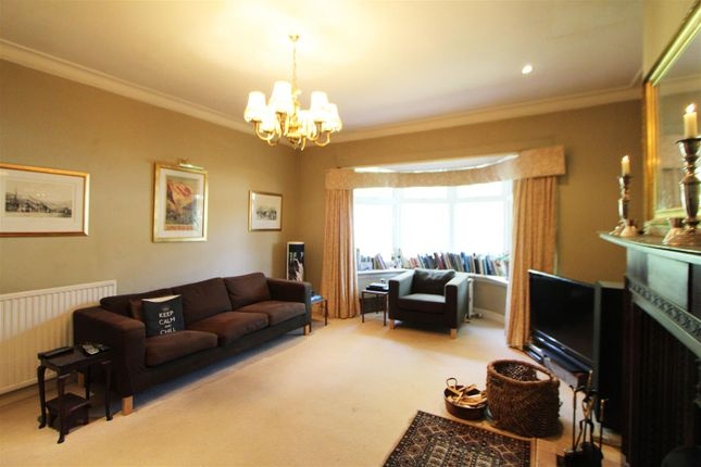 16-Sitting-Room of Barr Crescent, Largs KA30