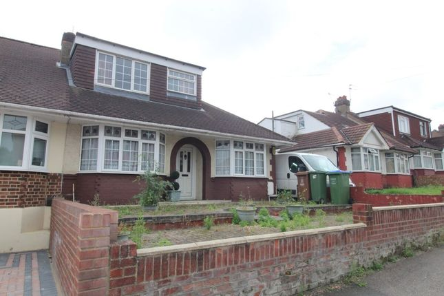 3 bed bungalow for sale in Elm Grove, Erith DA8
