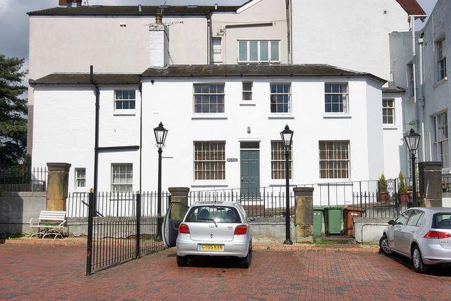 Thumbnail Mews house to rent in Mount Ephraim, Tunbridge Wells