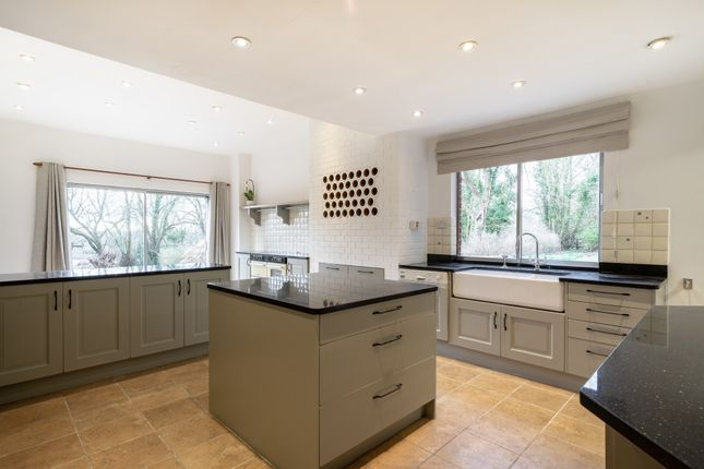 Thumbnail Detached house to rent in Tilburstow Hill Road, Godstone, Surrey