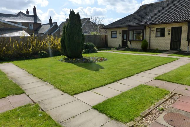 Thumbnail Bungalow to rent in Vinery Court, Ramsey, Huntingdon