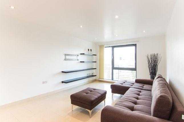 Living Area of Uxbridge Road, London W13