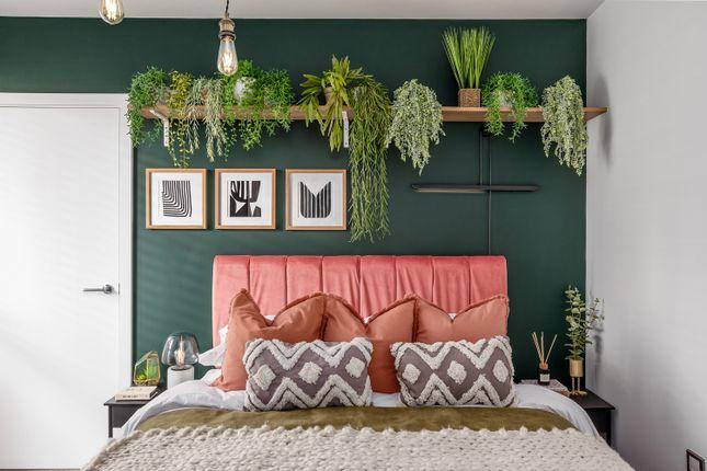 1 bedroom flat for sale in Halewood Way, Rainham