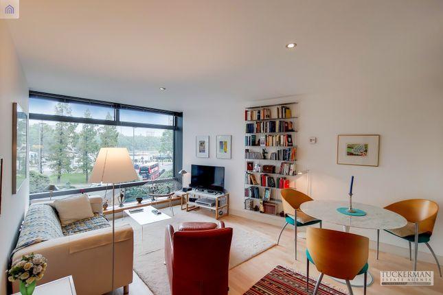 2 bed flat for sale in Albert Embankment, London SE1