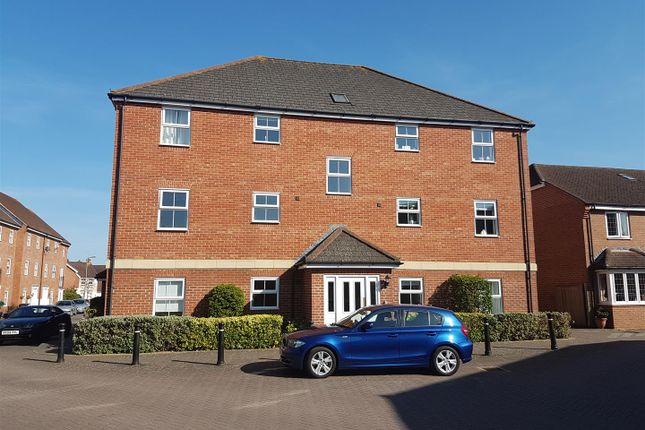 Thumbnail Flat to rent in Creswell, Hook