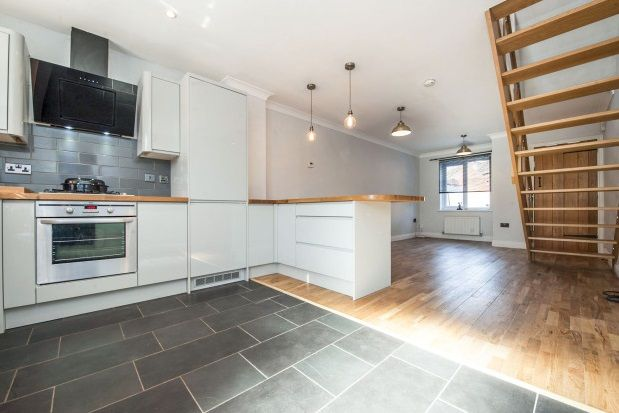 Thumbnail Property to rent in Mildenhall Way Kingsway, Quedgeley, Gloucester