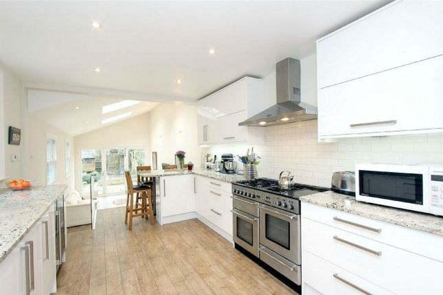 Thumbnail Terraced house for sale in Hatfield Road, St Albans, Hertfordshire