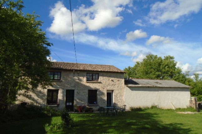 2 bed property for sale in Pliboux, Poitou-Charentes, 79190, France
