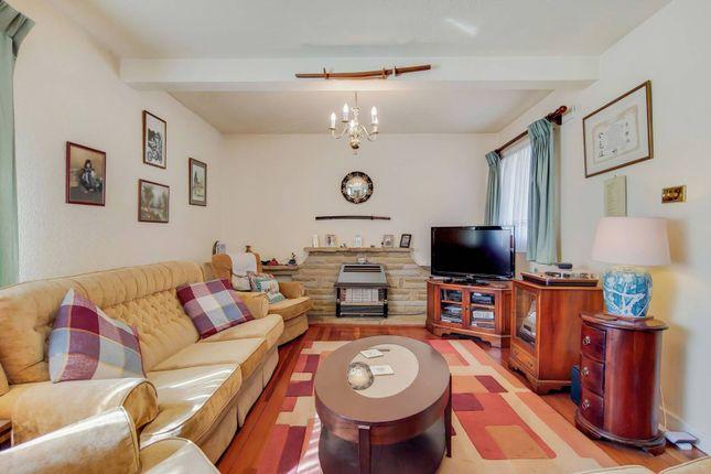 Thumbnail Detached house for sale in Halkingcroft, Slough