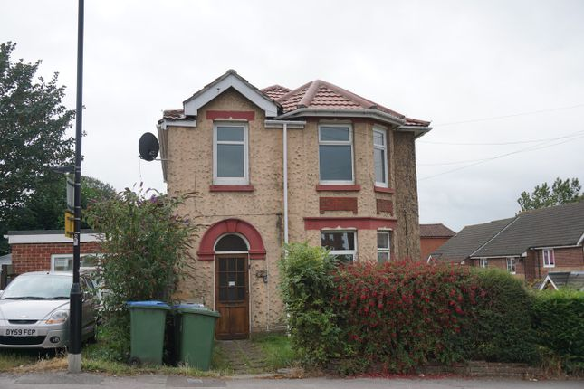 2 Weston Grove Road, Southampton SO19