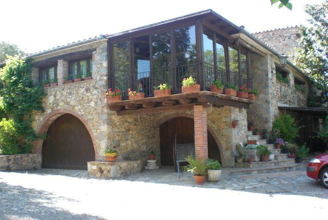 Thumbnail Farmhouse for sale in La Cellera De Ter, La Cellera De Ter, Girona, Catalonia, Spain