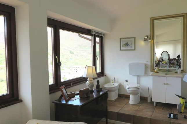 2 bed country house for sale in Casola, Tuscany, Italy