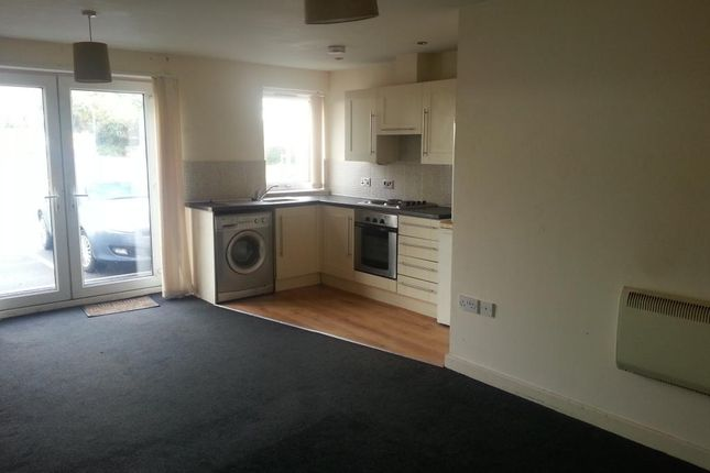 Thumbnail Flat to rent in Wincebrook Court, Grimshaw Lane, Middleton