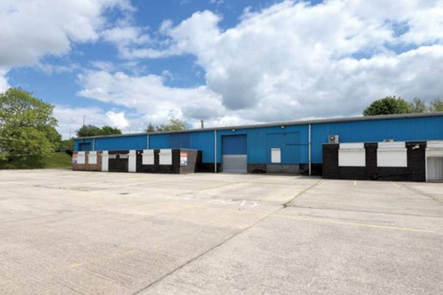 Thumbnail Industrial to let in Unit 3 Bays 1-2, Trans-Pennine Trading Estate, Rochdale