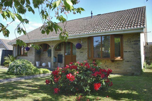 Thumbnail Bungalow to rent in Pennington, Lymington, Hampshire