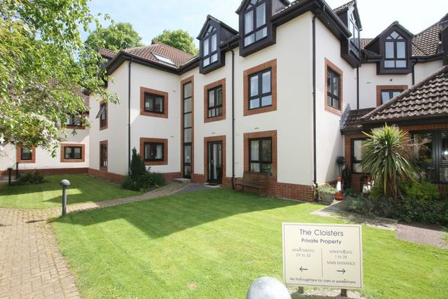 1 bedroom property for sale in The Cloisters, South Street, Wells