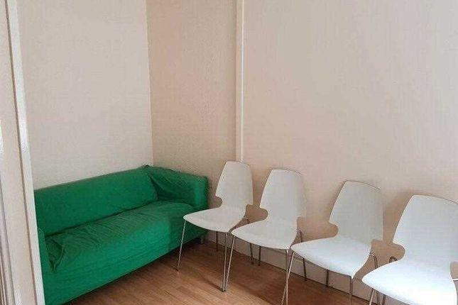 Lounge of Romer Road, Liverpool L6